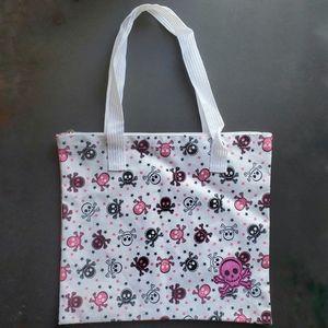 NWOT Skull Print Shoulder Bag w/Zip Top